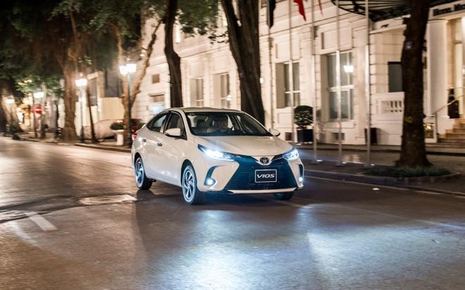 Toyota Vios giữ vững ngôi vương phân khúc, ăn điểm với thiết kế tối ưu - 3