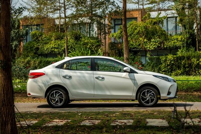 Toyota Vios giữ vững ngôi vương phân khúc, ăn điểm với thiết kế tối ưu - 4
