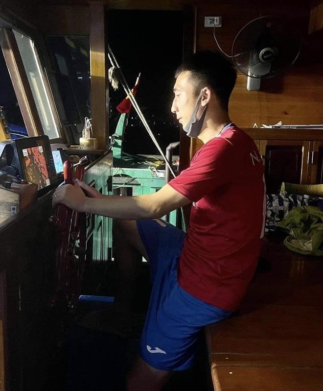 CLB Than Quảng Ninh nợ lương ba tháng, cầu thủ đi bán… hải sản - 2