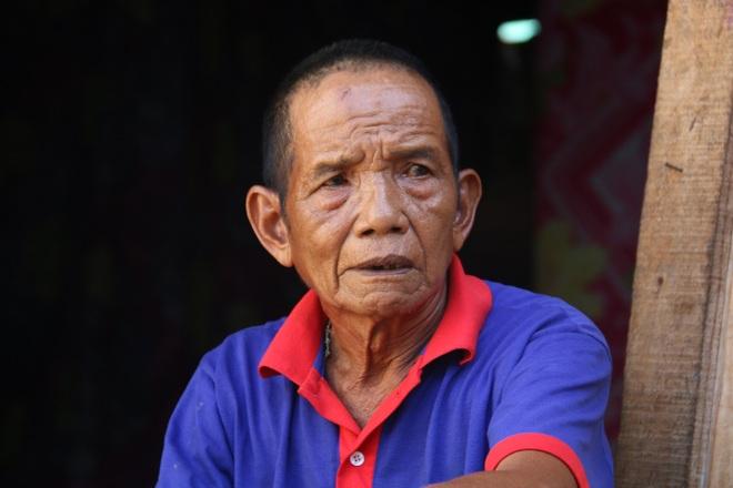 Ông Y Liêng, ông ngoại của Y Hoan năm nay đã 73 tuổi.