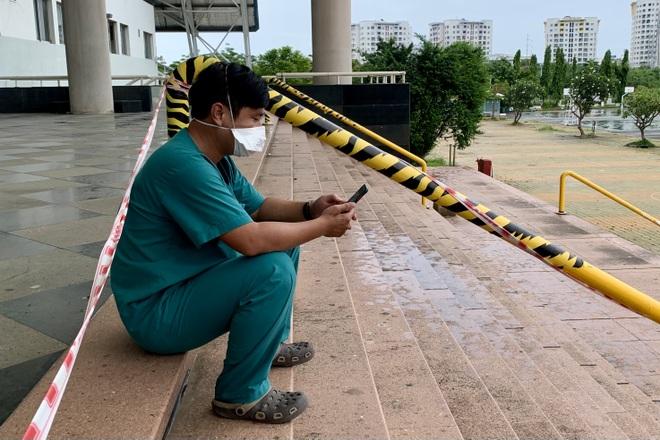 17 giờ chạy xuyên đêm, 5 xe cấp cứu của Đà Nẵng chi viện TPHCM chống dịch - 3