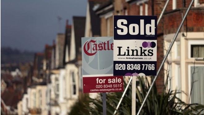 Người Anh điên cuồng mua nhà, doanh số tăng cao kỷ lục - 1
