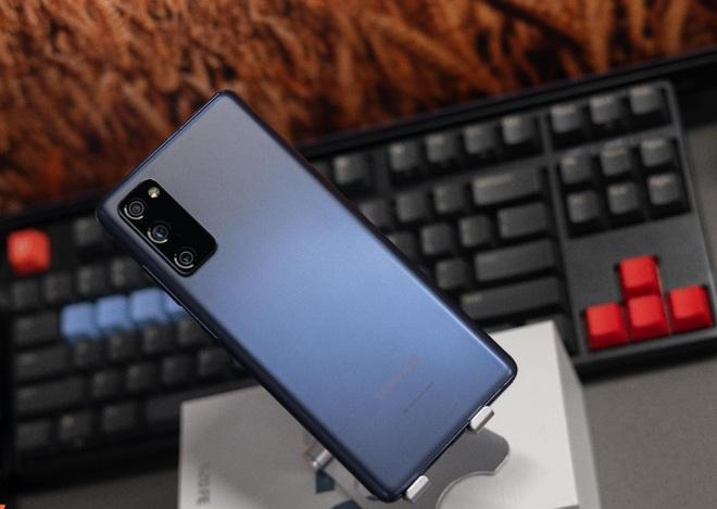 Sở hữu Galaxy S20 FE với chỉ 5,2 triệu đồng, trả góp 0% lãi suất tại FPT Shop - 2