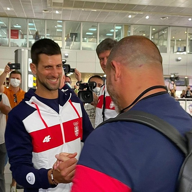 Cựu ngôi sao Inter Milan động viên Djokovic trước thềm Olympic Tokyo - 4