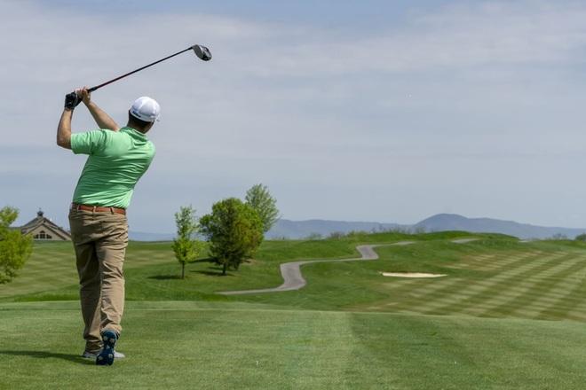 Cách thức để giữ niềm hứng khởi với người mới chơi golf - 2
