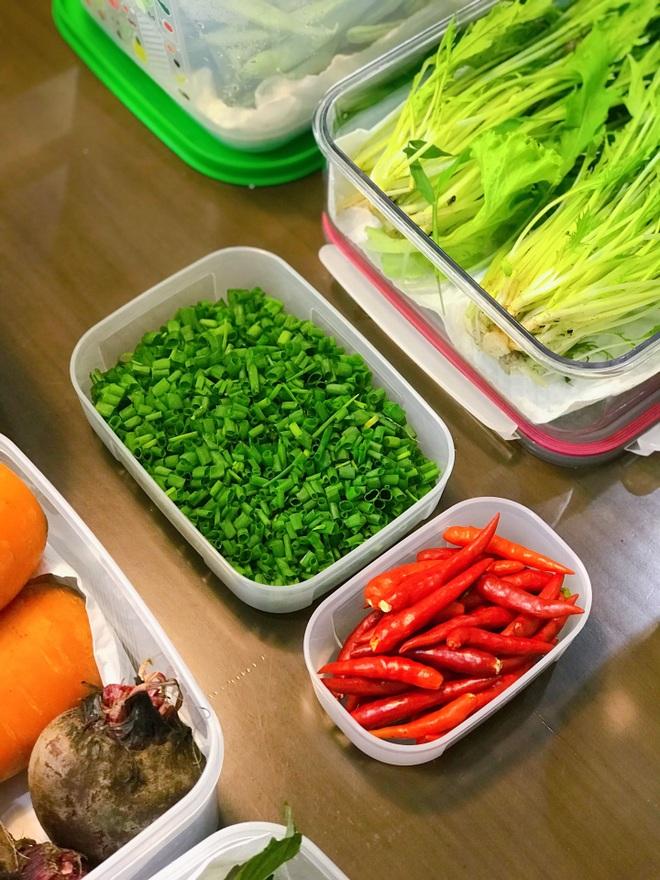 Học cách phụ nữ đảm bảo quản thực phẩm luôn tươi như mới trong mùa dịch - 2