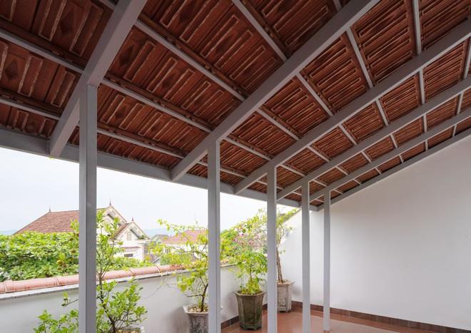 Nhà mái trượt tạo không gian sống xanh, giữ ký ức của gia chủ Nghệ An - 11