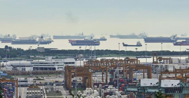 Trung Quốc quyết giành vị thế thống trị thị trường 30 tỷ USD từ Singapore - 1