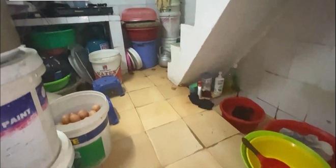 Nhà hộp diêm không phòng vệ sinh siêu nhỏ, giá 110 triệu đồng/m2 - 2