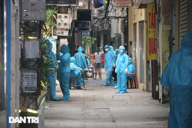 Hà Nội xét nghiệm cho 150 người tại ngõ Quỳnh do liên quan ca dương tính - 1