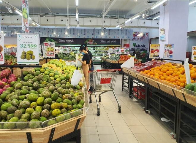 Đà Nẵng: Phố phường vắng lặng, siêu thị đầy ắp nhu yếu phẩm - 6