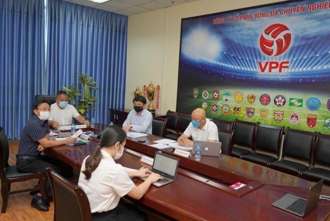 Chuyên gia hiến kế giúp V-League trở lại - 1