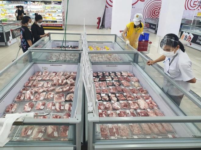 Đà Nẵng: Phố phường vắng lặng, siêu thị đầy ắp nhu yếu phẩm - 7