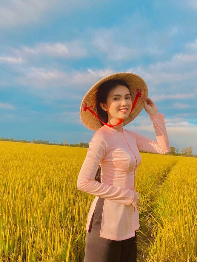 hot-girl-dong-thap-hoa-thieu-nu-thon-que-khoe-net-dep-trong-treo-ben-trang-phuc-truyen-thong1docx-1626967112000.jpeg