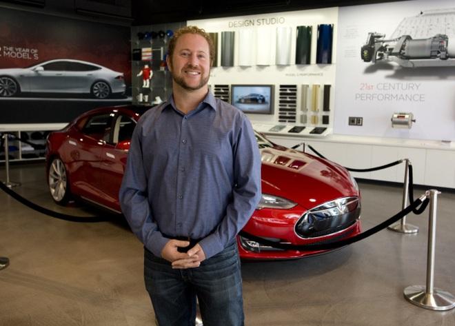 VinFast chiêu mộ chiến tướng của Tesla, thúc đẩy ô tô điện ra toàn cầu - 1