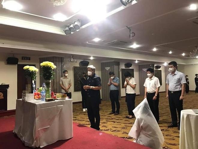 Đang chống dịch ở TPHCM, nữ sinh Bắc Giang gục ngã nhận tin cha qua đời - 1