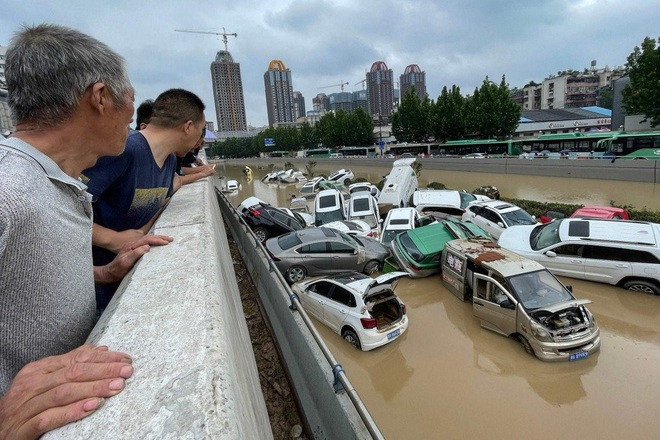 Vì sao Trung Quốc dự báo sai trận mưa lũ nghìn năm có một? - 1