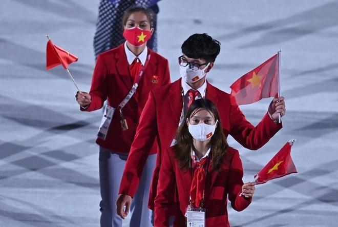 Đoàn Thể thao Việt Nam diễu hành tại Olympic Tokyo - 4