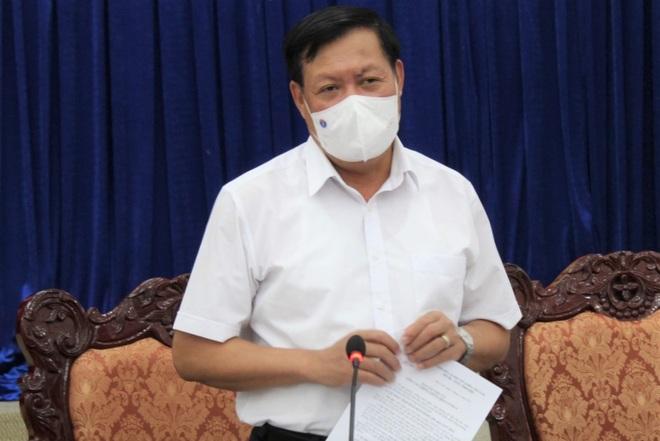 Thứ trưởng Bộ Y tế: Người dân không nên hoang mang với dịch bệnh Covid-19 - 3