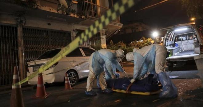 Dịch bệnh căng thẳng, bệnh nhân Covid-19 Thái Lan chết trên đường phố - 2