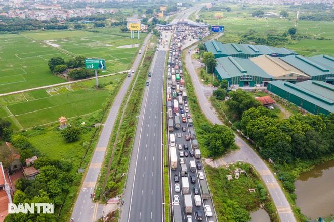 Cửa ngõ Thủ đô ùn tắc kéo dài, hàng nghìn phương tiện buộc phải quay đầu - 11
