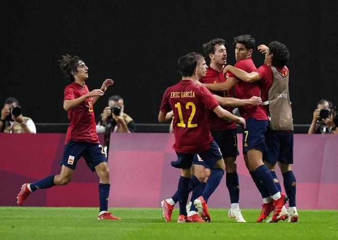 Dàn sao Tây Ban Nha nhọc nhằn đánh bại Olympic Australia - 4
