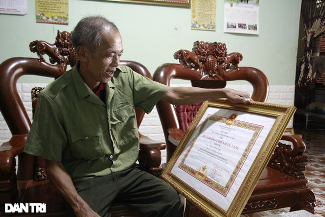 Trao tặng 50 triệu đồng gia đình có công ở miền Trung - Tây Nguyên - 5