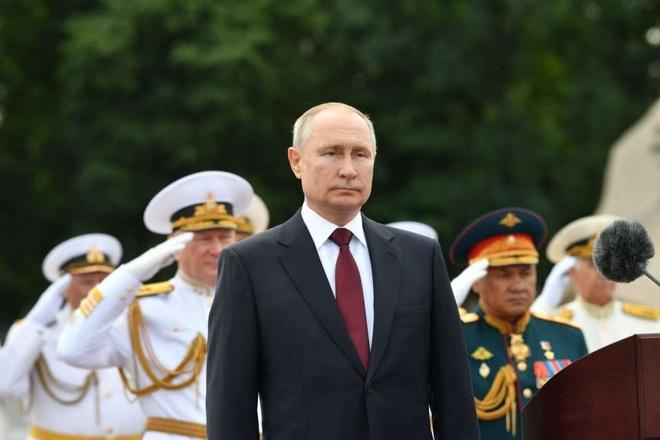 Ông Putin: Hải quân Nga có thể ra đòn tấn công không gì cản nổi - 1