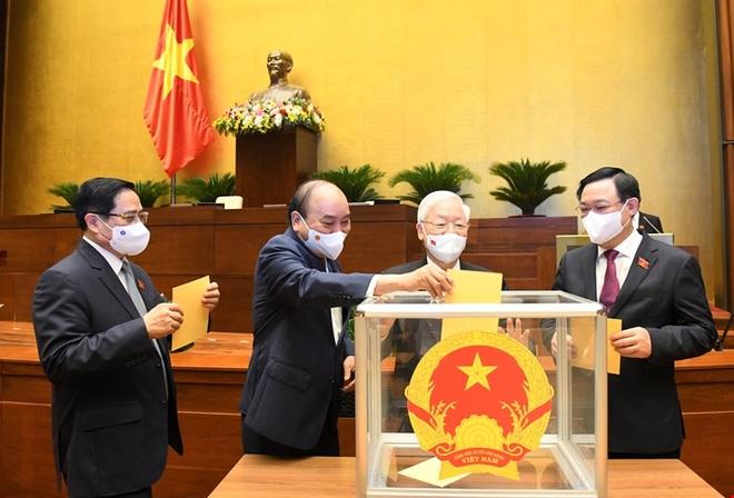 Ông Nguyễn Xuân Phúc đắc cử Chủ tịch nước nhiệm kỳ mới - 1
