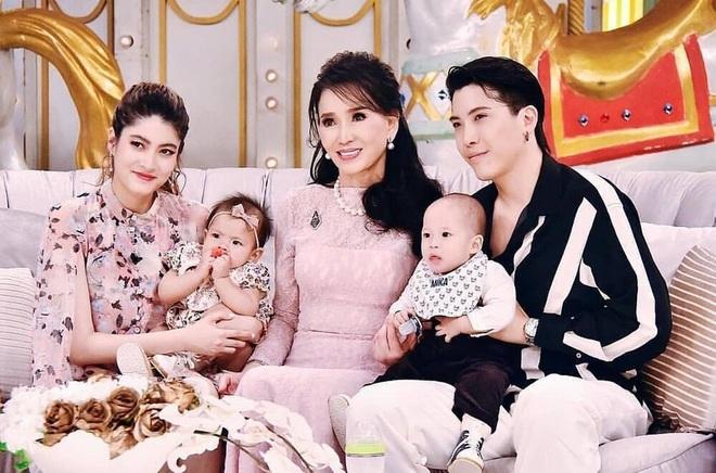 Nhan sắc không tuổi đáng kinh ngạc của cựu hoa hậu Hoàn vũ đã là U80 - 10
