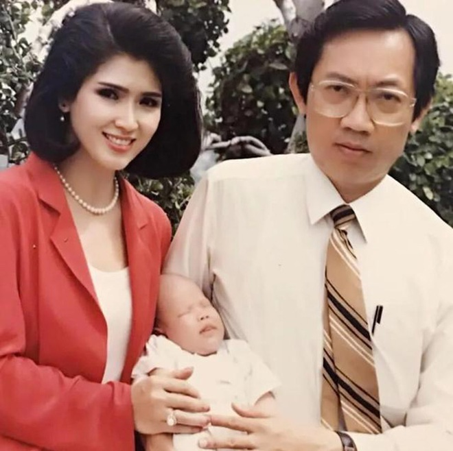 Nhan sắc không tuổi đáng kinh ngạc của cựu hoa hậu Hoàn vũ đã là U80 - 5