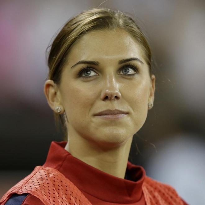 Nữ cầu thủ bóng đá xinh đẹp nhất tại Olympic Tokyo - 10