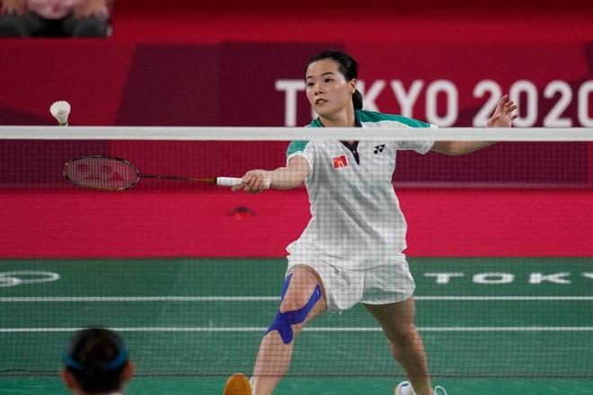 Thùy Linh thi đấu kiên cường trong trận thua tay vợt số một thế giới - 3