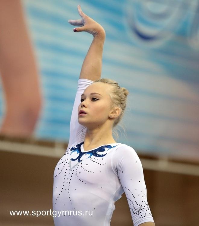 Angelina Melnikova - Búp bê Nga xinh đẹp của Olympic Tokyo - 4