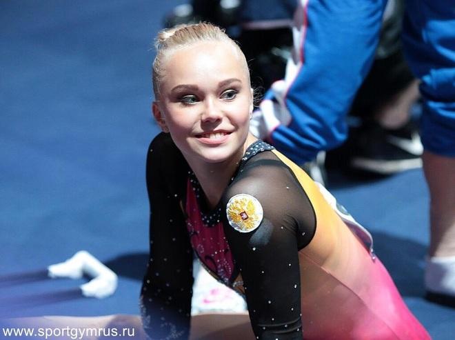 Angelina Melnikova - Búp bê Nga xinh đẹp của Olympic Tokyo - 5