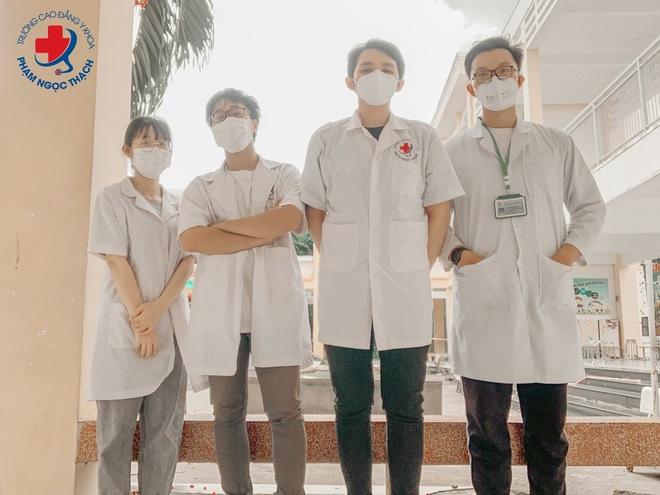 Sinh viên trường CĐ Y Khoa Phạm Ngọc Thạch cùng nhau thắp lửa chống dịch Covid-19 - 2