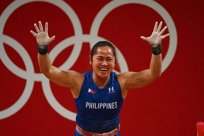 Nữ đô cử Philippines bơi trong tiền sau tấm HCV Olympic lịch sử - 2