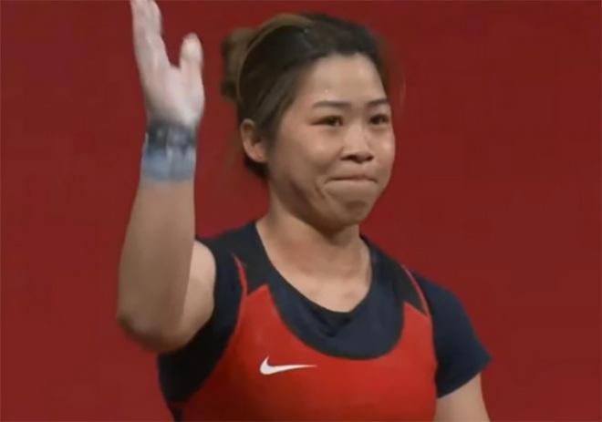 Xúc động hình ảnh Hoàng Thị Duyên vẫy tay chào Olympic Tokyo - 3