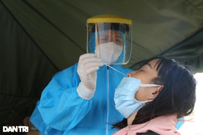 Nhiều nhân viên y tế của tỉnh Đắk Nông dương tính với SARS-CoV-2 - 1
