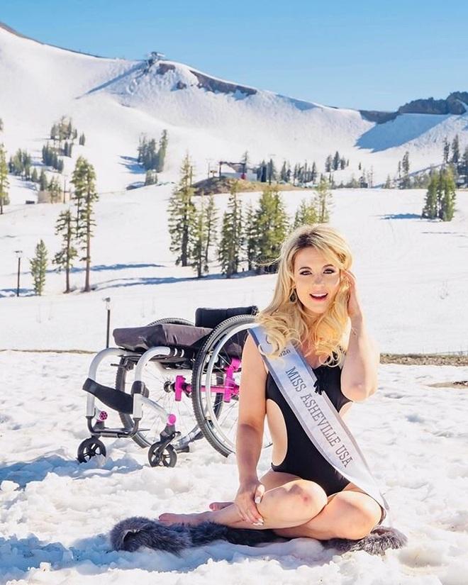 Cô gái ngồi xe lăn giành giải Á hậu và câu chuyện xúc động ẩn chứa sau đó - 9