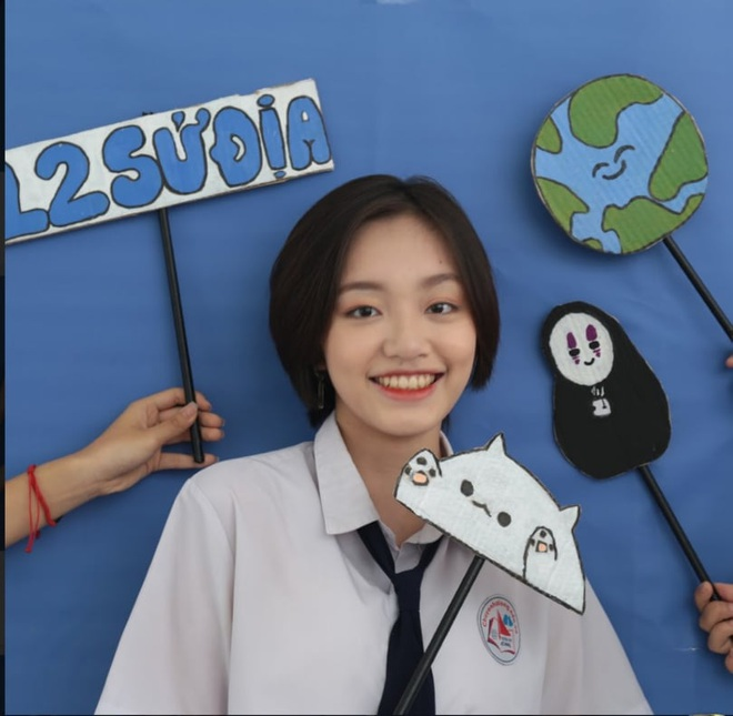 Nữ sinh Quảng Ninh có 3 điểm 10 tốt nghiệp: Không nên so sánh để tạo áp lực - 1