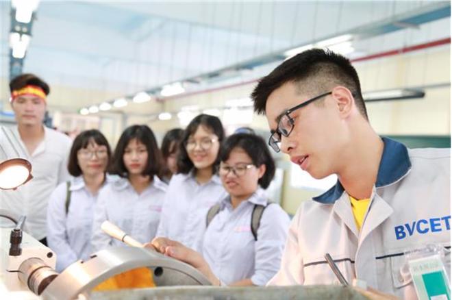 Đề xuất cắt giảm, đơn giản hóa điều kiện đầu tư kinh doanh của trường nghề - 1