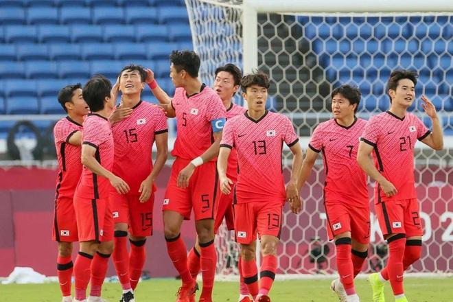Thắng đậm vòng bảng, Nhật Bản và Hàn Quốc gặp đối thủ nào ở tứ kết? - 1