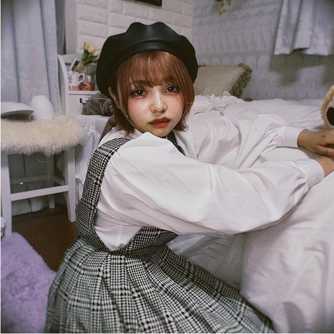 Thánh nữ Youtube nổi tiếng Nhật Bản gây tranh cãi sau khi lộ mặt mộc - 2