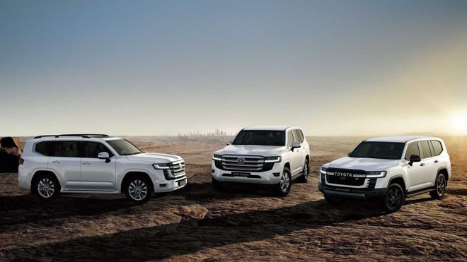 Toyota nói gì về việc cấm khách mua Land Cruiser bán lại xe? - 1