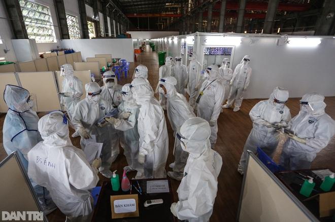Bản tin Covid-19: Số F0 tại TPHCM đi ngang, Hà Nội có 11 chùm ca bệnh - 2