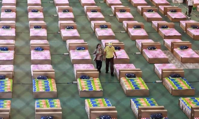Số người chết tăng cao, Thái Lan không đủ giường điều trị - 1