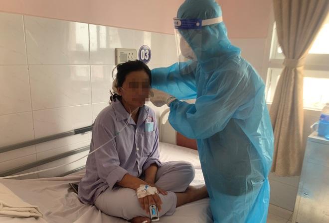 Sản phụ mắc Covid-19: Bác sĩ ráng cứu em, để em được thấy mặt con - 1