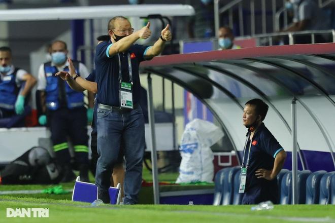 HLV Park Hang Seo nhắc nhở học trò về mục tiêu thắng tuyển Trung Quốc - 2
