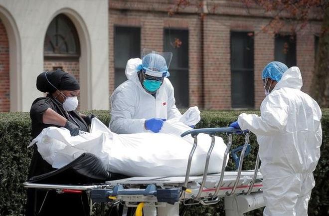 Mỹ: Ca Covid-19 tăng gấp đôi, ca tử vong tăng 300% vì Delta hoành hành - 1